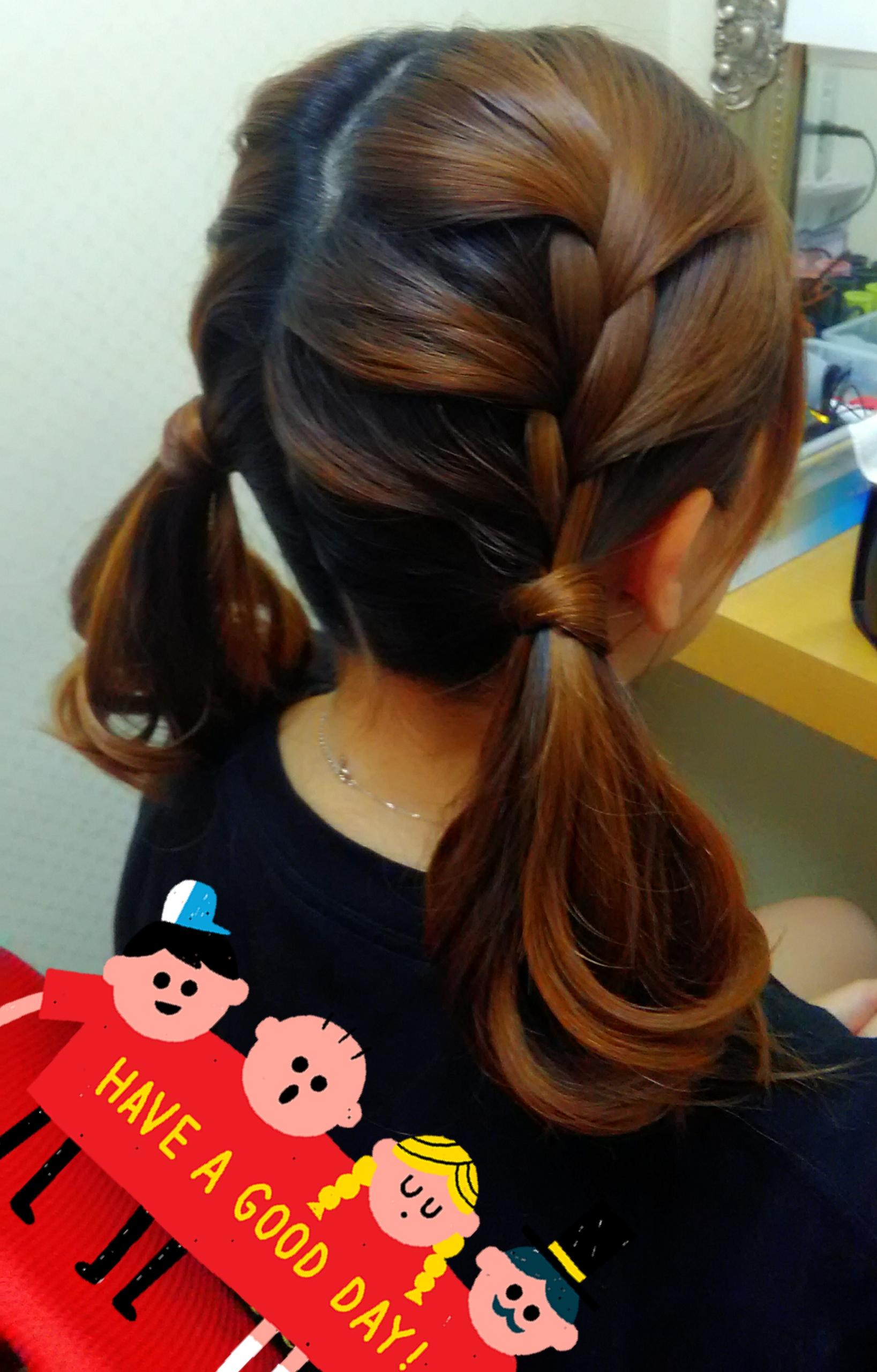 ツインテールのヘアアレンジ